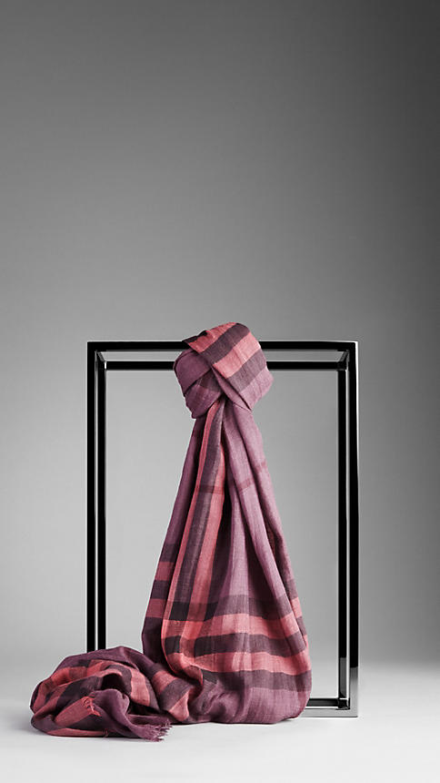 Burberry Plaid Scarf in Rose and Purple