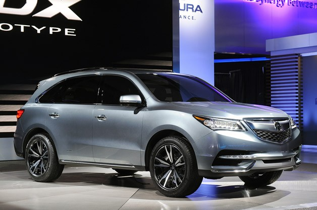 Refreshed Acura MDX at the New York Auto Show 2013