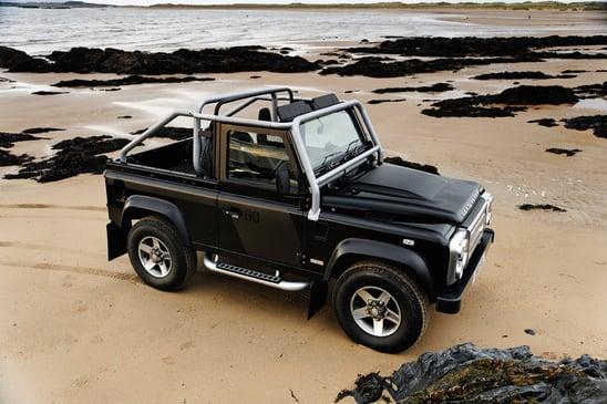 2015 Land Rover Defender Challenger