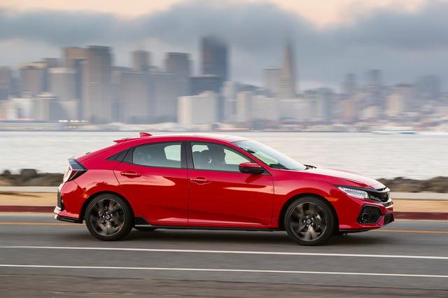 2017-Honda-Civic-Sport-Touring-Hatchback-side-profile-in-motion-02.jpg