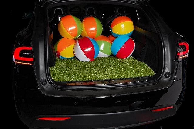 racemark1721_grass_balls-1.jpg